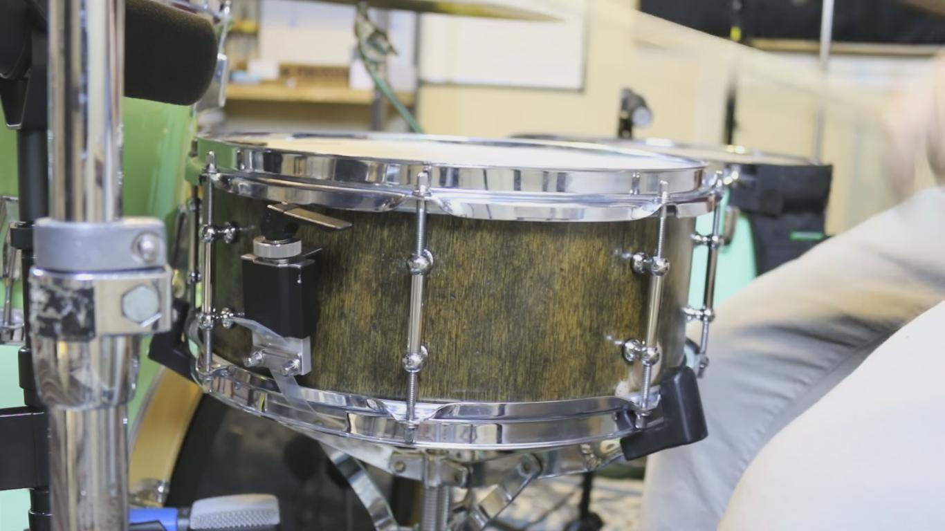 This Guy Builds his Own Drum Set