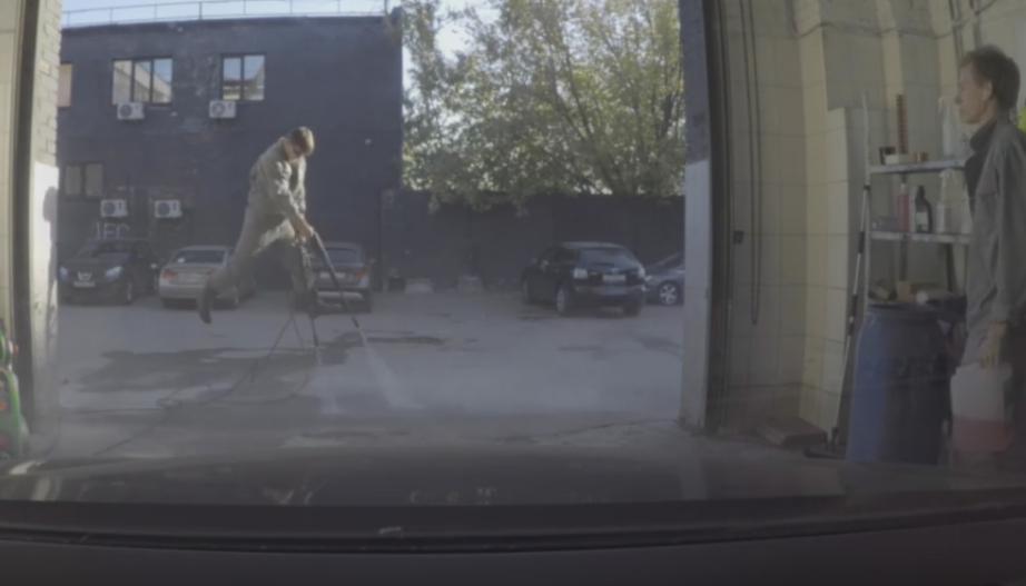 Russian Guy Propels Himself into The Air With Pressure Washers