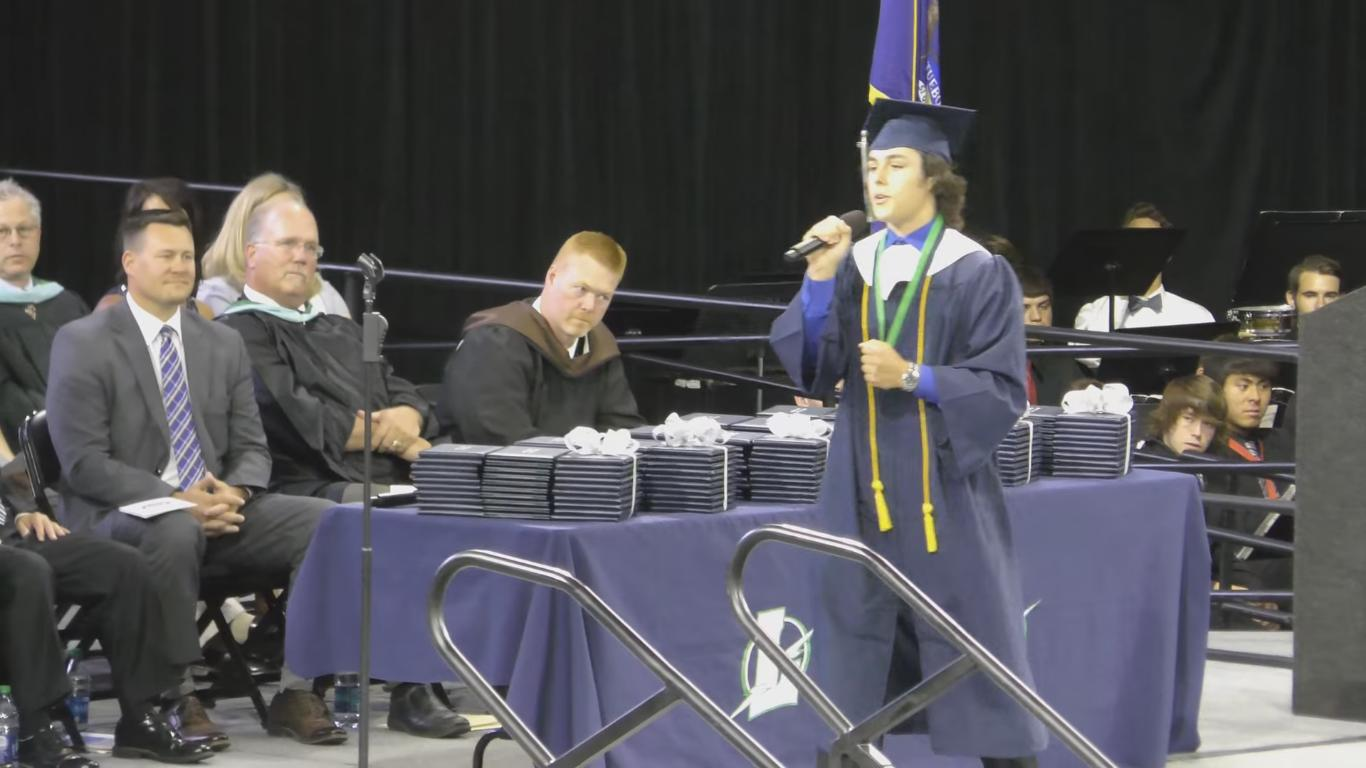 "Guy Sings ""7 Years"" With New Lyrics at His Graduation"